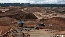 Goldbergbau in Peru Madre de Dios