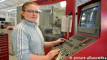 Stručna radnica za strojem