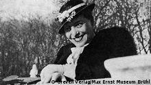 ***Achtung: Nur zur mit dem Greven Verlag abgesprochenen Berichterstattung verwenden!*** Luise Straus im Jardin du Luxembourg (Paris) 1937 *** eingestellt im April 2012