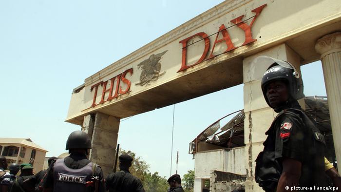Zeitungsgebäude This day (foto: dpa)