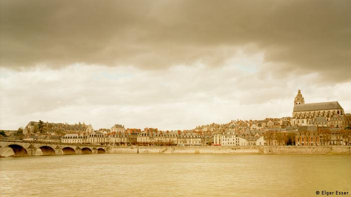 The work Blois from the series Vedute and Landscapes by Elger Esser