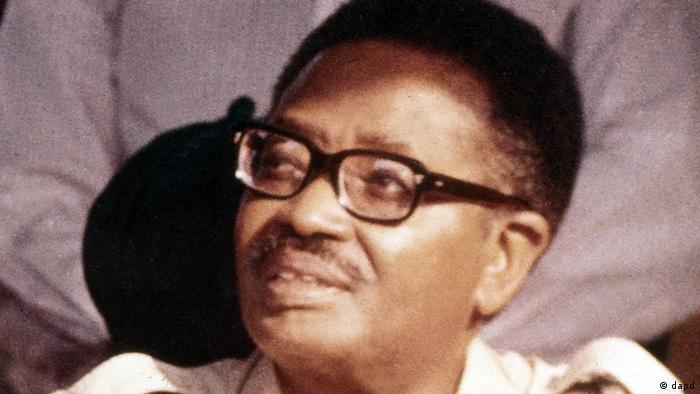 Nito Alves opôs-se abertamente à política de Agostinho Neto (na foto), presidente de Angola de 1975 a 1979