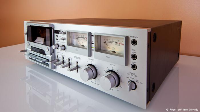 Bildergalerie Tonträger Stereoanlage Kassettenrekorder Radio (Fotolia/Viktor Gmyria)