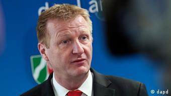 Close-up of Ralf Jaeger (SPD) at press conference