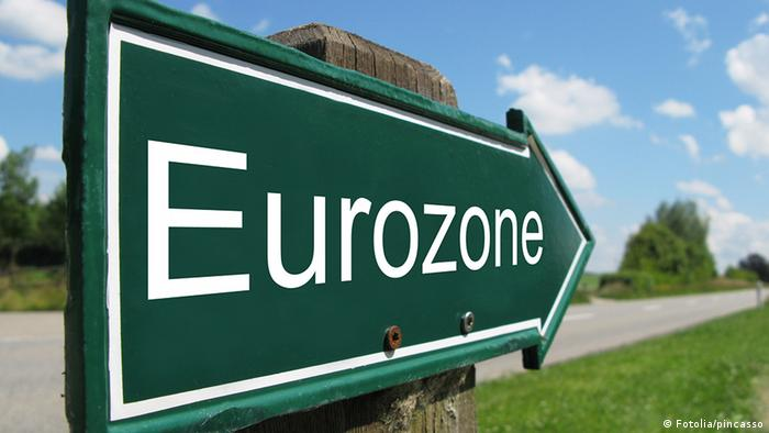 Symbolic signpost in green, displaying the word Eurozone.