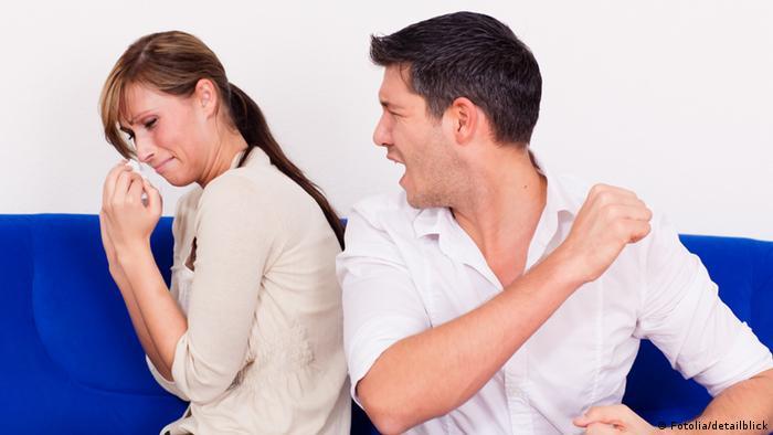 Symbolbild Frauen und häusliche Gewalt