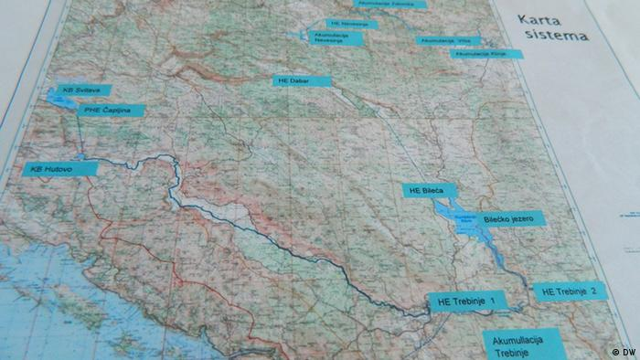 Zemljovid s ucrtanim planovima preusmjeravanja vode i akumulacija