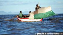 Fischer am Malawisee, Malawi dpa 30659940 Erfassungsdatum 05.04.2012