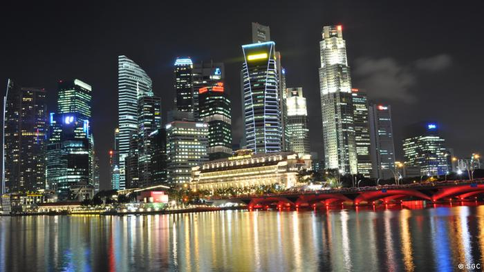 Singapor Skyline in der Nacht. Copyright: Singaporean-German Chamber of Industry and Commerce (SGC) Mai, 2012