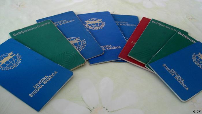 Sparrbücher aus Ex Jugoslawien. Copyright: DW/Dragan Maksimovic Mai, 2012, Banja Luka