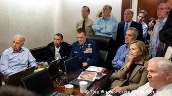 Secretary of State Hillary Rodham Clinton, President Barack Obama and Vice President Joe Biden, along with with members of the national security team, receive an update on the mission against Osama bin Laden in the Situation Room of the White House, Sunday, May 1, 2011, in Washington (Photo:The White House, Pete Souza/AP/dapd)