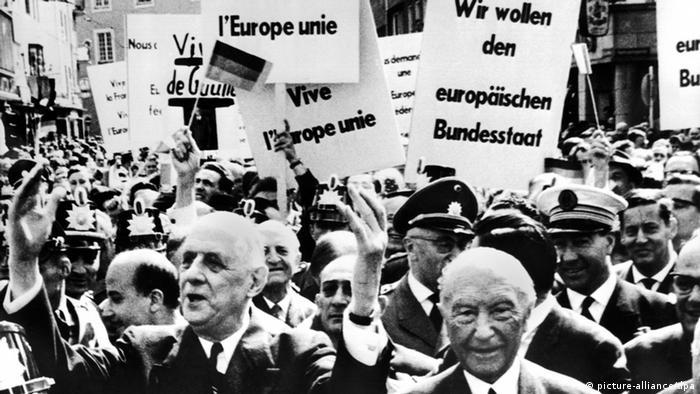 De Gaulle y Adenauer en Bonn.