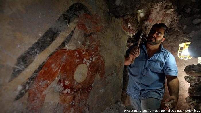 Epígrafos de cómputo astronómico en el interior de una pirámide maya
