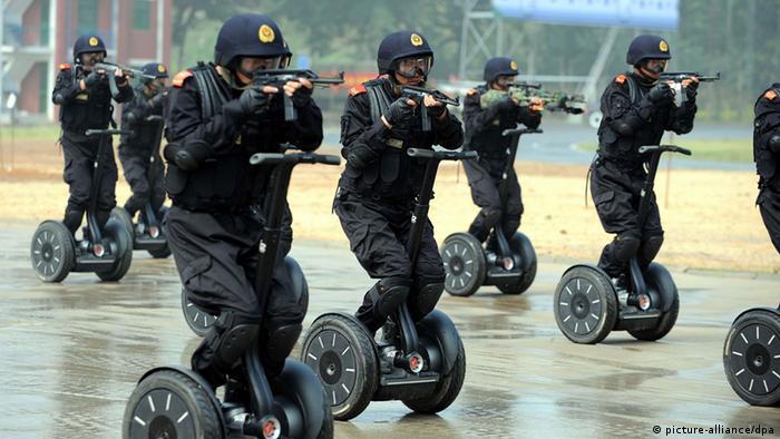 Training von der chinesischen Anti Terror Einheit
