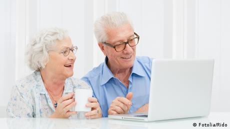 Symbolbild Senioren und Computer