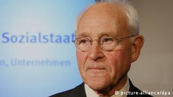 Friedhelm Hengsbach, experto en ética social.