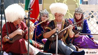 ترکمنها در شمال ایران خواستار انتصاب استاندار ترکمن شدند