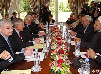 Negotiators at the Geneva talks