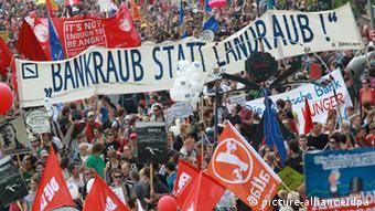 Антибанковская демонстрация во Франкфурте-на-Майне
