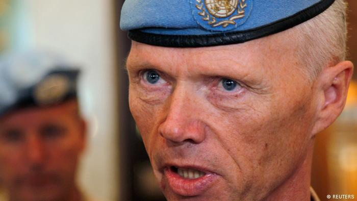 Norwegian Major-General Robert Mood, chief of the United Nations Supervision Mission in Syria (UNSMIS), speaks to the media at a hotel in Damascus May 16, 2012. REUTERS/Khaled al- Hariri (SYRIA - Tags: CIVIL UNREST POLITICS MILITARY CONFLICT HEADSHOT)