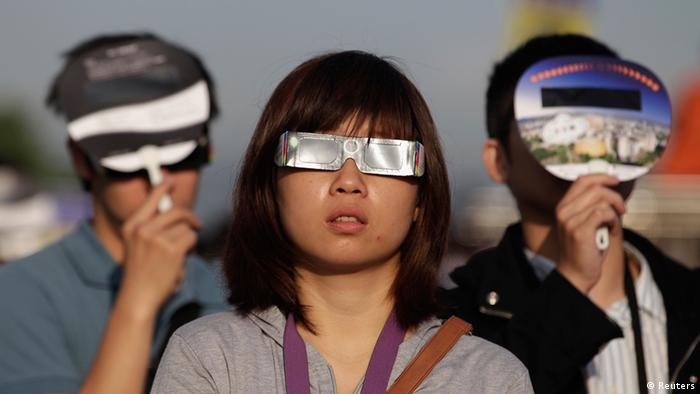 Sonnenfinsternis USA Asien 2012