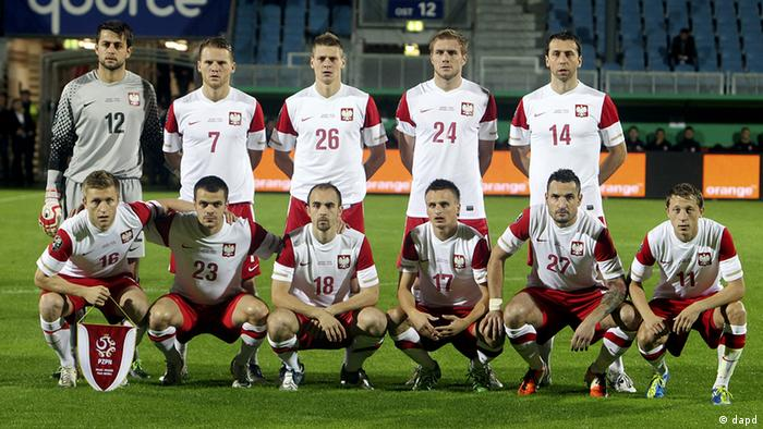Poland's team is seen prior to a test soccer match between Poland and Belarus in Wiesbaden, Germany, Tuesday, Oct.11, 2011.