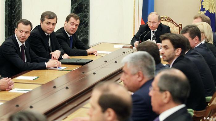 объем дорожного строительства удвоится, сообщил президент рф владимир путин