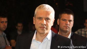 epa03228030 Democratic Party leader and presidential candidate Boris Tadic is seen after the presidential elections in downtown Belgrade, Serbia, 20 May 2012. Nationalist Tomislav Nikolic beat pro-European Union incumbent Boris Tadic in Serbia's presidential runoff election. EPA/KOCA SULEJMANOVIC
