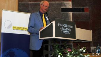O ομότιμος καθηγητής Πολιτικής Επιστήμης του Πανεπιστημίου Ντούισμπουργκ-Έσσεν Χάιντς Γιούργκεν Αξτ