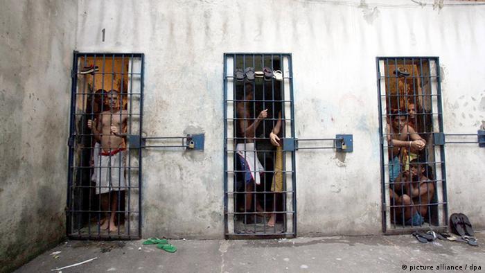 Presos em cadeia de Salvador