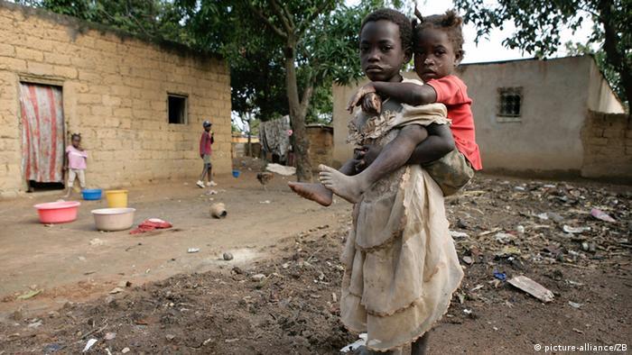 Muitas crianças perdem o ano letivo por causa dos desalojamentos