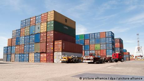 Puerto de contenedores en Buenos Aires