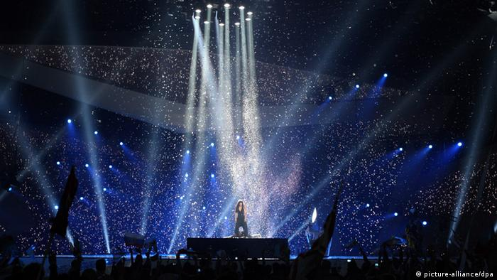 Loreen of Sweden performs the song 'Euphoria' after her victory at the Eurovision Song Contest 2012 in Baku, Azerbaijan, 27 May 2012. EPA/SERGEI ILNITSKY