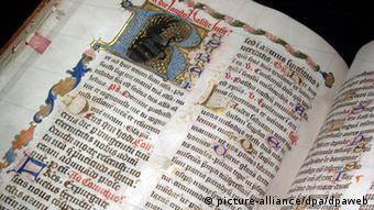 Bible from the 15th century. Gutenberg Museum in Mainz. Copyright: Mauri Rautkari / dpa