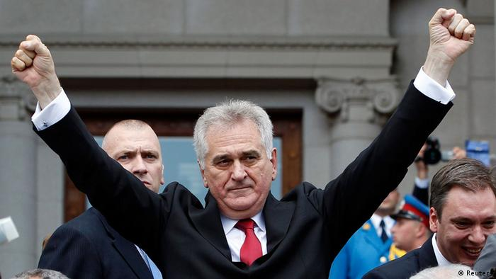 Serbia's new president Tomislav Nikolic gestures as he arrives at the parliament building to take his oath of office in Belgrade May 31, 2012. REUTERS/Marko Djurica (SERBIA - Tags: POLITICS)