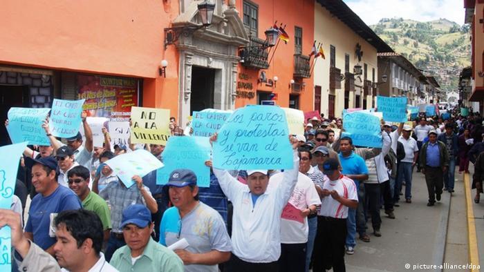 Perú, recientes protestas contra un proyecto minero en Cajamarca.