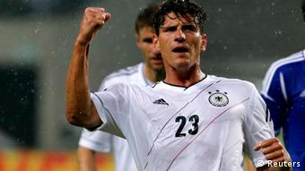 Germany's Mario Gomez celebrates after scoring against Israel during their friendly soccer match in Leipzig May 31, 2012. REUTERS/Fabrizio Bensch (GERMANY - Tags: SPORT SOCCER)