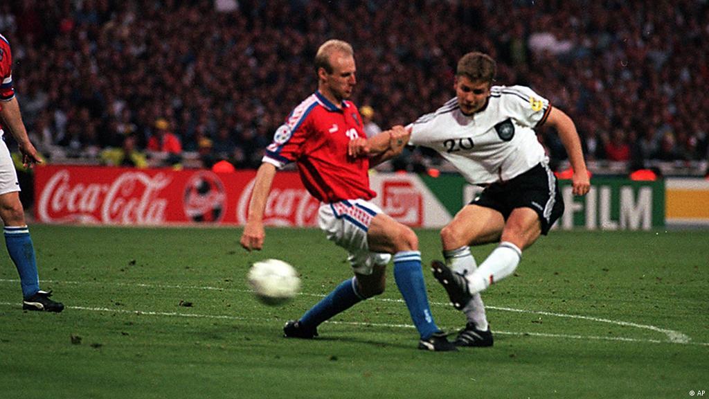 Немецкое футбольные трико