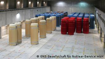 Castor containers containing highly radioactive nuclear waste. Photo: GNS Gesellschaft für Nuklear-Service mbH