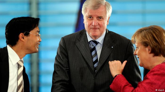 Resler (levo) predvodio je Liberale i bio vicekancelar od 2011. do 2013.