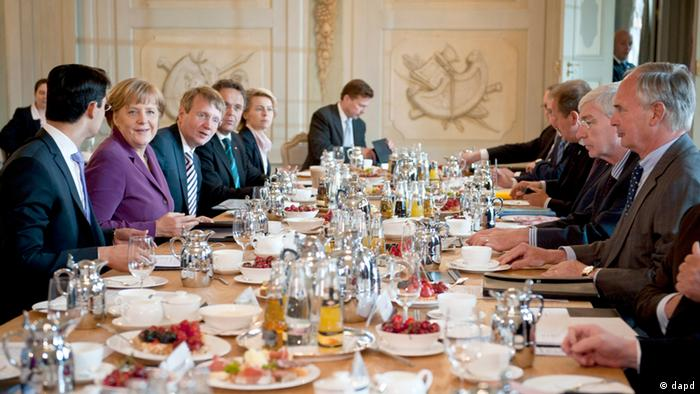 German governing administration meeting over meal