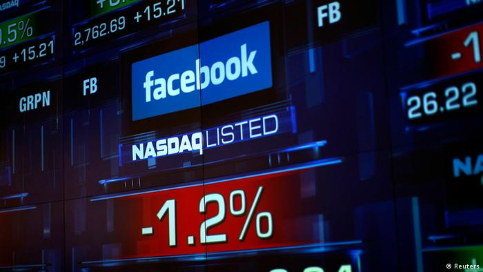 Monitors show the value of the Facebook, Inc. stock during morning trading at the NASDAQ Marketsite in New York J(Foto: Reuters)