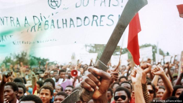 Angola Befreiungsbewegung 1975