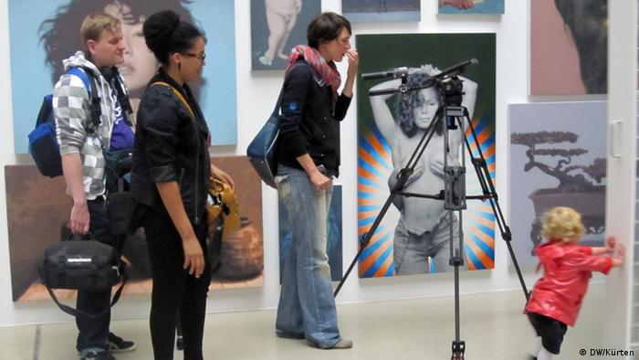 Bild vom Presserundgang der documenta in Kassel (Foto: Jochen Kürten/DW)