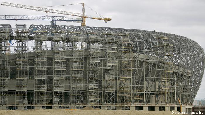 A general view of the construction site of the PGE Arena Gdansk stadium for the UEFA Euro 2012 in Gdansk, Poland, 11 October 2010. PGE Arena Gdansk will have the capacity to host 47,000 spectators and would hold three group matches during the UEFA Euro Soccer Championship hosted jointly by Poland and Ukraine in 2012. EPA/ADAM WARZAWA POLAND OUT pixel