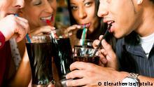 Symbolbild Cola trinken