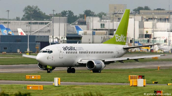 Drunk′ Latvian flight crew fired, held in Norway   News   DW