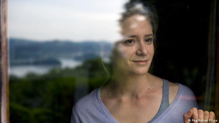 Scene from  Małgorzata Szumowska's '33 Scenes from Life' with Julia Jentsch (Photo:  Realfiction Filme)