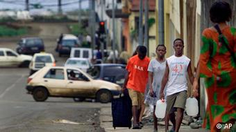Straßenszene in Malabo Foto: AP Photo/Christine Nesbitt