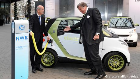E smart RWE Stromladestation e mobility Berlin